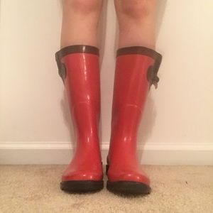 clarks red rain boots W7